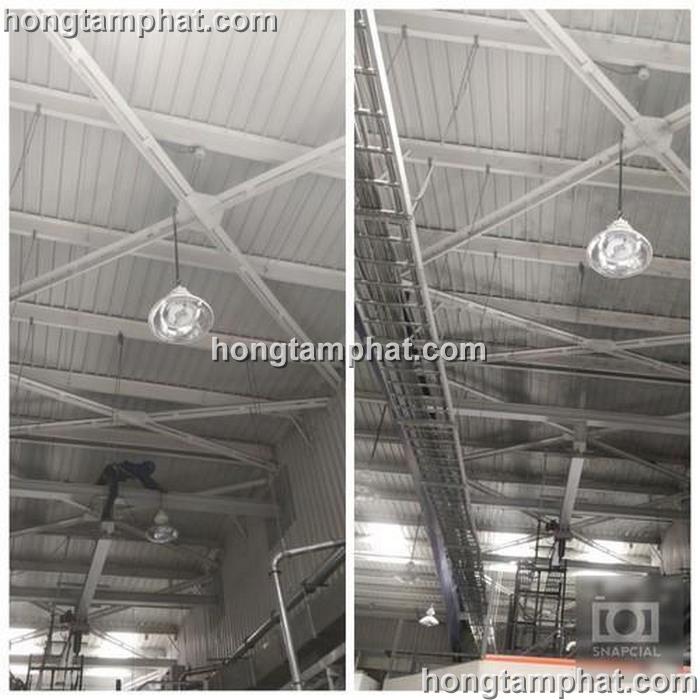 Quét mạng nhện ở mái nhà xưởng