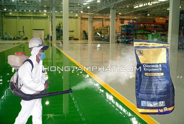Xịt khử trùng nhà máy